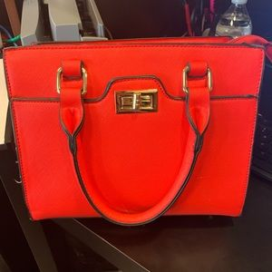 Red purse in good conditions!